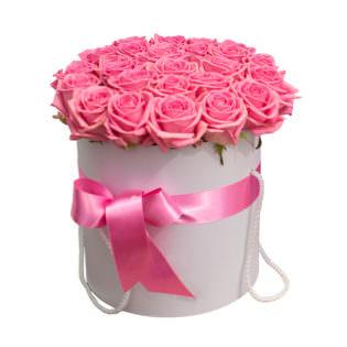 Цветы в коробке «Розовые Розы»