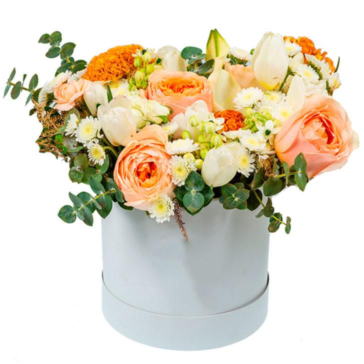 """Цветы в коробке """"Модница"""""""