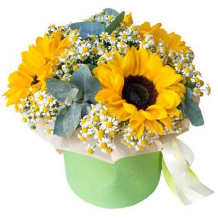 Цветы в коробке «Солнечный день»