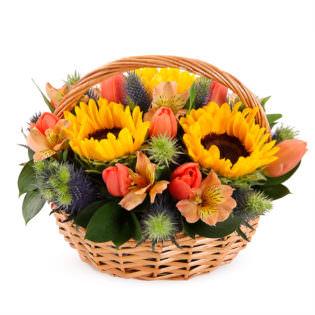 Цветы в корзинке «Солнечный день»